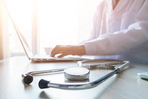 Δυσκοιλιότητα: πότε να συμβουλευτείτε γιατρό;